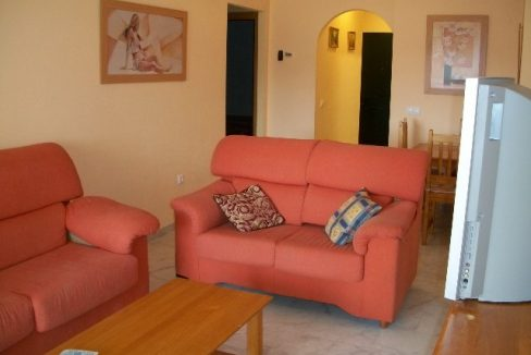 2-bed-apt-rent-Vistas-de-Mena-009-Copy