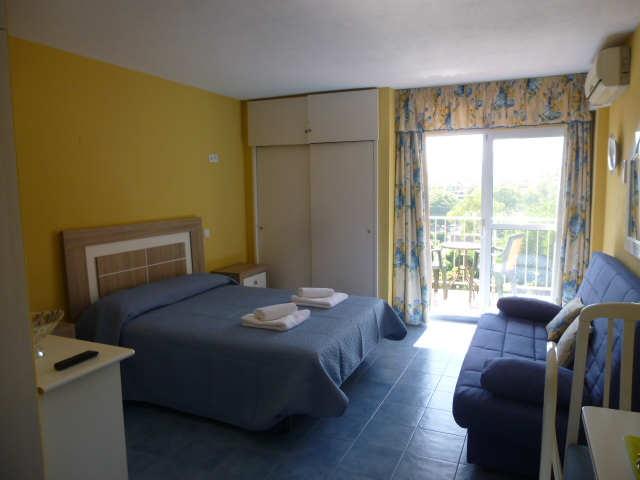 Holiday studio apartment: Minerva, Benalmádena. VFT/MA/07374