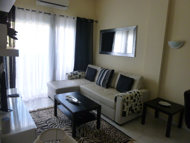 One bedroom apartment, Benal Beach