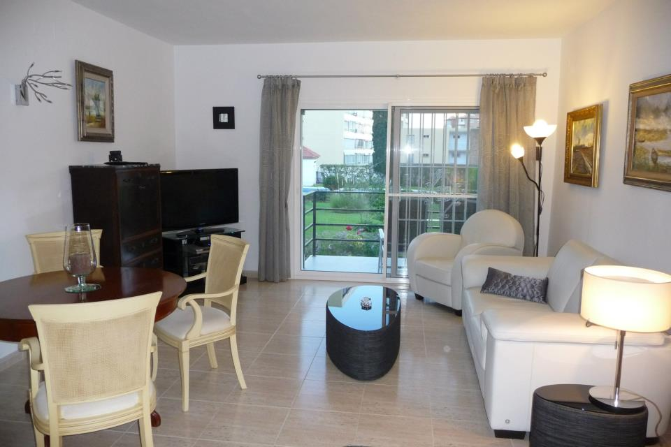 Two bedroom apartment for rent – Terramar Alto, Benalmadena
