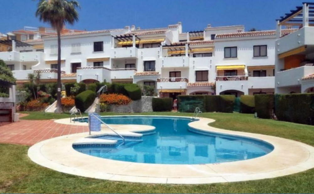 2 Bedroom Apartment to Rent: Paloma Park, Benalmadena