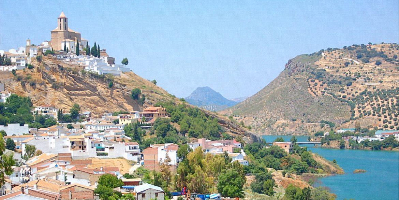 Iznajar-Town